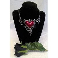 ALCHEMY GOTHIC DESIGNS NECKLACE – DEVIL HEART GENEREUX