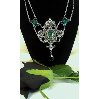 ALCHEMY GOTHIC DESIGNS NECKLACE – QUEEN OF THE NIGHT