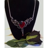 ALCHEMY GOTHIC DESIGNS NECKLACE – THE BLOOD ROSE HEART