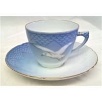 BING & GRONDAHL SEAGULL GOLD PATTERN DEMITASSE COFFEE CUP & SAUCER