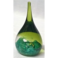 CAITHNESS GLASS TEARDROP PAPERWEIGHT – MOONDROP – GREEN