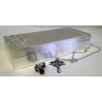HEARTS & DIAMANTES JEWELLERY BOX