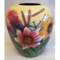OLD TUPTON WARE SUMMER BOUQUET 14.5cm VASE