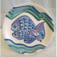 POOLE POTTERY STUDIO – WHIZZ-KIDS FOOTBALL FISH & BORDER-SUN DESIGN 18cm PLATE