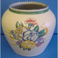 POOLE POTTERY TRADITIONAL DP PATTERN 14.5cm VASE