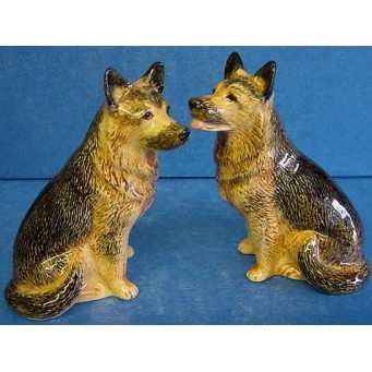 QUAIL ALSATIAN OR GERMAN SHEPHERD SALT & PEPPER SET