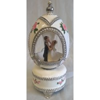 JULIANA TREASURED TRINKETS FABERGE STYLE WEDDING EGG MUSICAL BOX