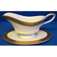 ROYAL WORCESTER C1393 PATTERN GRAVY BOAT & STAND SET