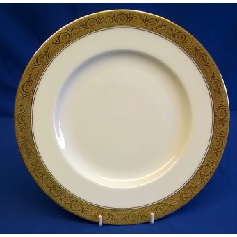 ROYAL WORCESTER C1393 PATTERN 23cm BREAKFAST OR LUNCHEON PLATE