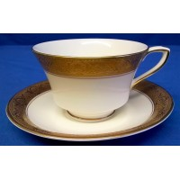 ROYAL WORCESTER C1393 PATTERN TEACUP & SAUCER