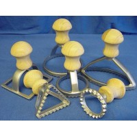 EPPICOTISPAI SET OF 6 CAST ALUMINIUM PASTA STAMPS