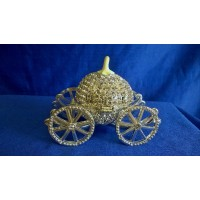 JULIANA TREASURED TRINKETS FABERGE STYLE CRYSTAL CARRIAGE TRINKET BOX